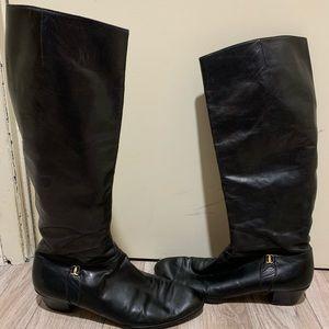 Salvatore Ferragamo vintage Black Boots  11